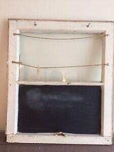 Window message board