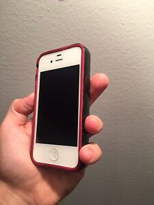 IPhone 4 UNLOCKED 8GB GREAT Condition 9/10