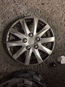 "14"" hupcaps wheel covers 14po"