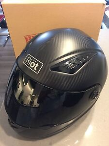 Riot Carbon fibre Helmet - Practically New In Box