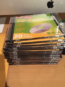 Staples blank CR-R discs and case 17 pieces NEW