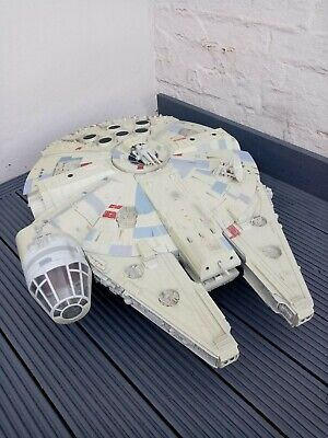 Star Wars Millenium Falcon Legacy Collection Hasbro 2008