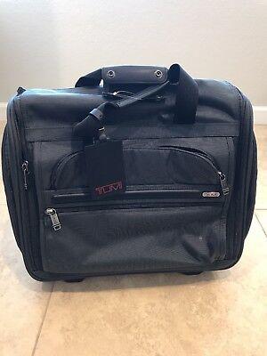 Tumi 2 Wheel Duffle Bag, Grey, Onsize