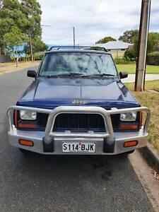 XJ Jeep Cherokee Limited 1996