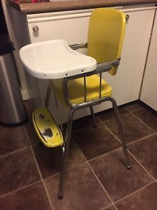Vintage (1950s) Child's High Chair