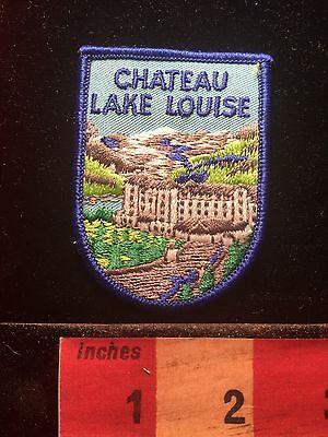 Souvenir CHATEAU LAKE LOUISE CANADA Patch 68F2