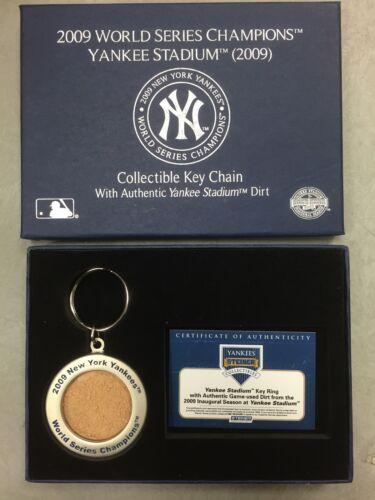 New York Yankees Authentic Game Used Dirt Keychain 2009 Inaugural Season