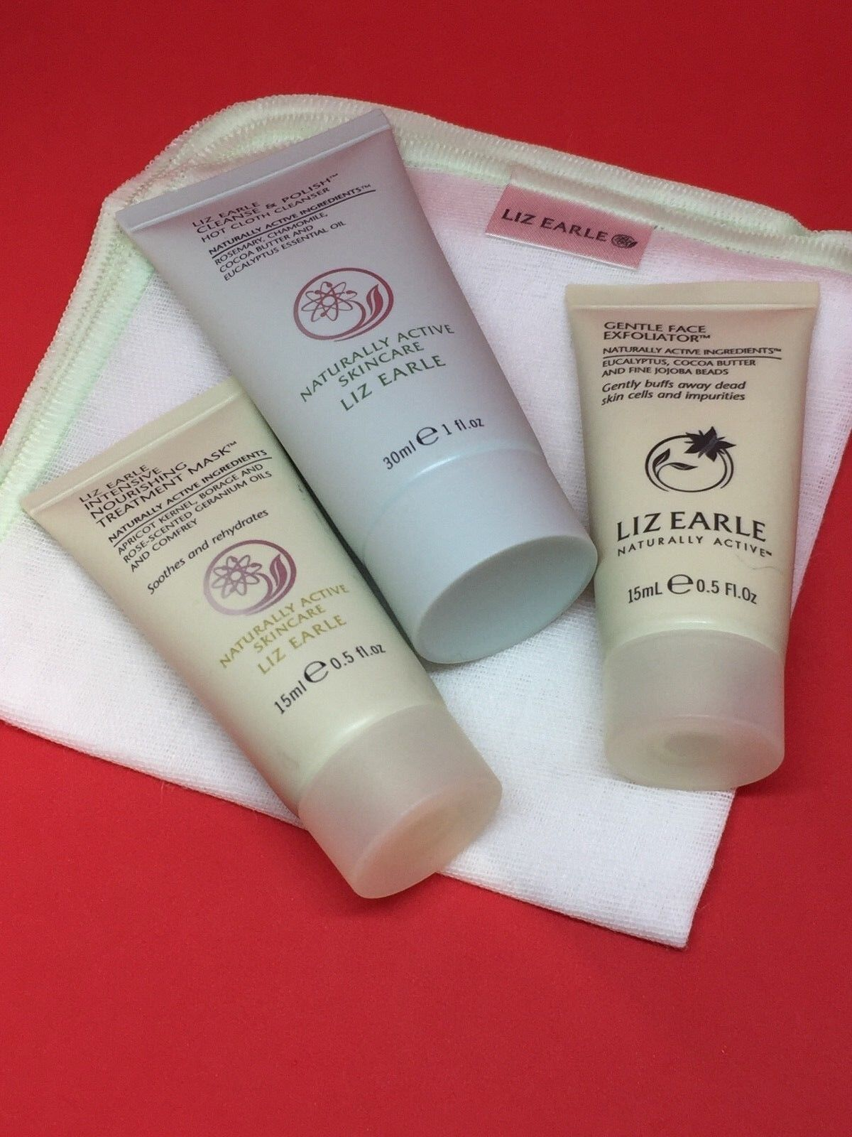 Liz Earle Cleanse And Polish 30ml,nourishing Mask 15ml,Exfoliator 15ml Cloth set