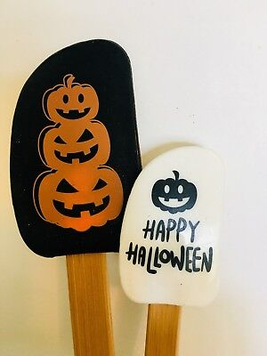 Happy Halloween Pumpkins White (2 HAPPY HALLOWEEN STACKED PUMPKINS BAKING SPATULAS WHITE BLACK)