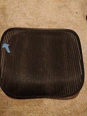 Herman Miller Aeron Chair Seat Mesh Black Pellicle Blemish Size C Large 109