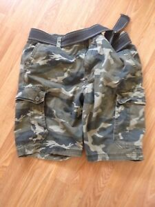 Brand new never worn old navy camo shorts