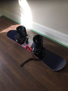 Atlantis snowboard with boots