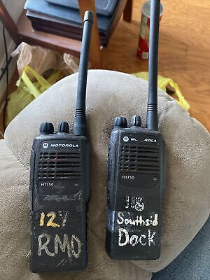 Motorola Ht750 136-174mhz 5w Vhf 4ch Aah25kdc9aa2an Portable Radio