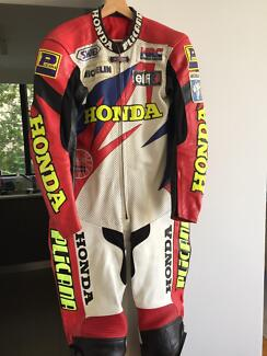 Honda HRC leathers 1 piece suit