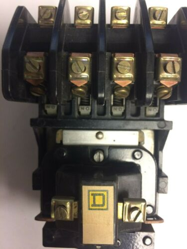 SQUARE D 4 POLE LIGHTING CONTACTOR