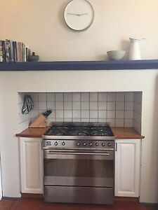 Beautiful white / wooden kitchen East Fremantle Fremantle Area Preview