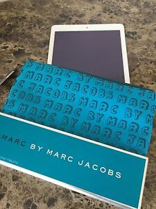 New! Marc Jacobs iPad tablet pouch case