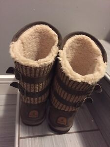 Bear paw winter boots size 8