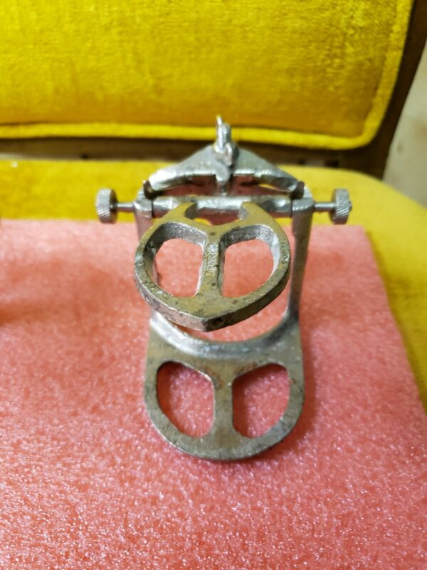 Crescent Articulator Model - A Vintage
