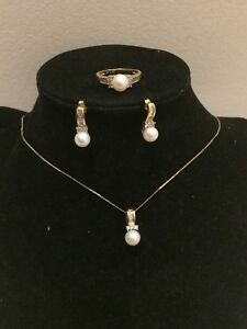 14k Gold With Cultured Pearl Set
