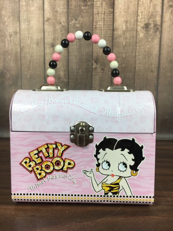 2004 BETTY BOOP PINK TIN PURSE  w/ Beaded Handle 6.5x3x5.5 TIN BOX Company