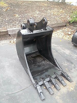New 24 Komatsu Pc78 Excavator Bucket With Coupler Pins