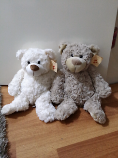 TWO TEDDIES BEST FRIENDS SOFT CUDDLY NEW WITH LABLE
