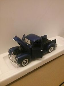 1940 FORD PICKUP TRUCK DIECAST 1:18 SCALE