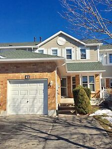 Executive Family Townhome in North Galt Cambridge