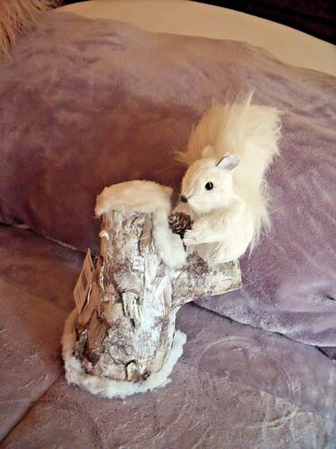 NEW Fluffy White WINTER SQUIRREL On Tree Stump Snow Faux Fur Tail