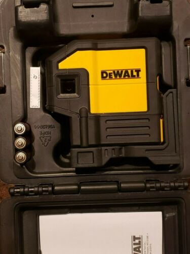Dewalt DW0851 Red Laser Self Leveling 5 Spot Beams and Horizontal Line w/ Case