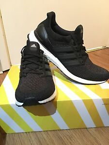 Adidas Ultraboost Core black 2.0 Size 12 dead stock