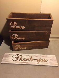 Wedding flower boxes and thank you sign
