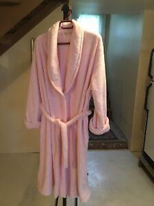Robe de chambre rose confortable  médium