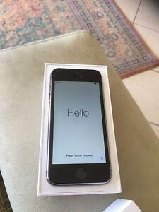 I Phone 5S 16G Immaculate Condition Bonython Tuggeranong Preview