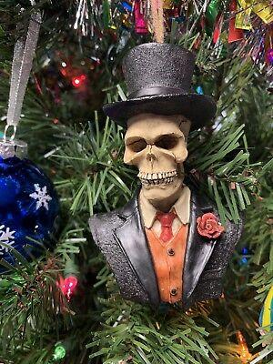 Mr. Bones Halloween Christmas Ornament Decoration Resin Skeleton For Holiday](Mr Halloween)