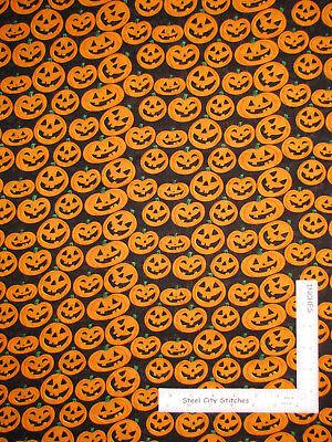 Halloween Pumpkin Faces Toss Orange Black Cotton Fabric Kids Halloween Fun Yard