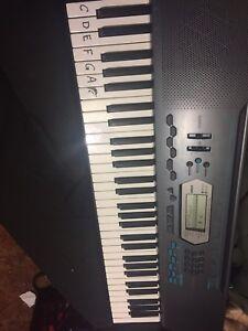 Casio electric keyboard. Great deal!