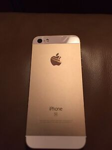 Bell iPhone 5 SE 64 Gig Gold