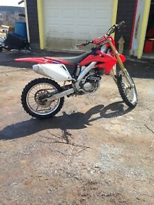 2004 crf250r with papers super clean