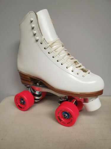 Brand New Riedell 355 Leather Boot Roller Skates Girls size 5.5