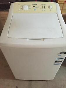 9.5kg washing machine Pendle Hill Parramatta Area Preview