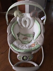 Automatic Bright Starts bouncer