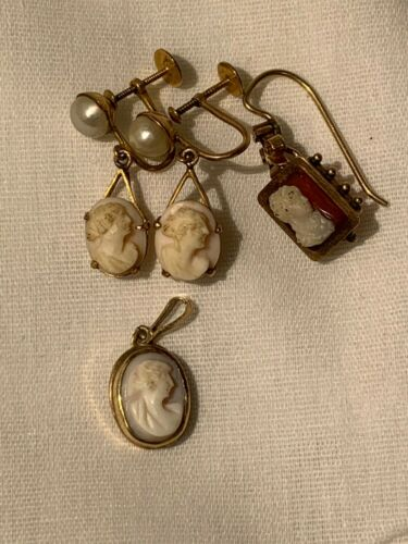 Genuine Estate 10K Karat Gold Cameo Earrings And Small Pendant