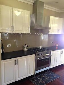 Complete Kitchen for sale Essendon Moonee Valley Preview