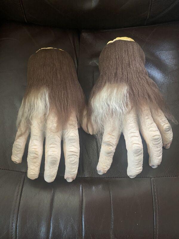 Don Post Hunchback Hyde Hands set Tharp