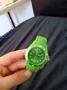 Wrist watch green St James Victoria Park Area Preview