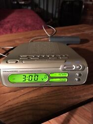 Sony Dream Machine Dual Alarm Clock Radio Green Display  ICF-C275RC
