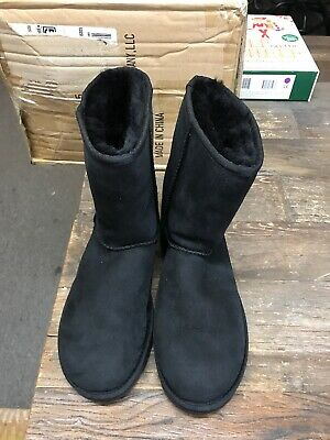 UGG Women's Classic Short 2 Boots Black Size 9