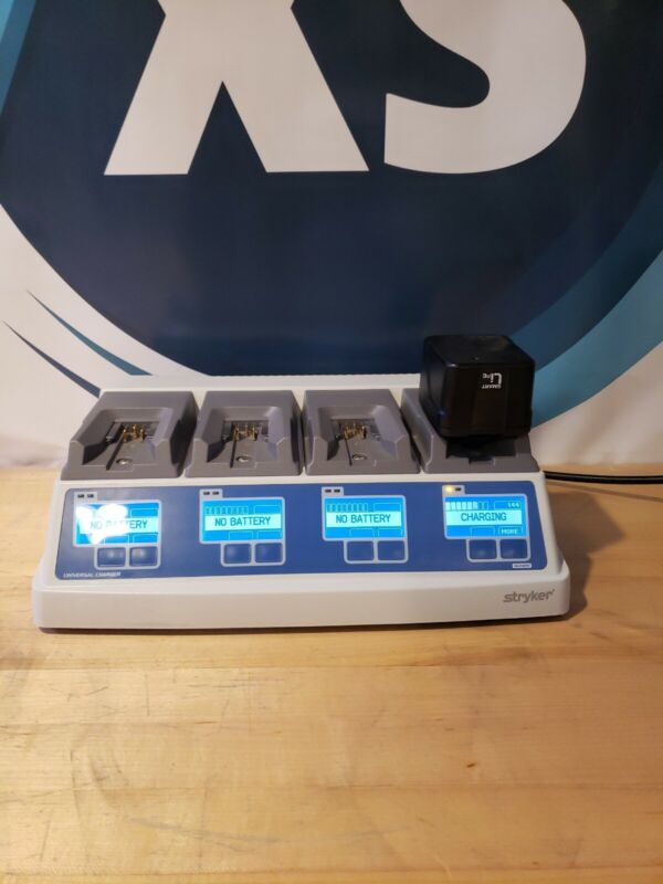 Stryker 7110-120-000 Universal Battery Charger Systems 8 w/ one Battery Pack
